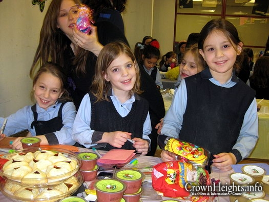 Photos: Beis Rivka Girls Have pre-Purim Fare