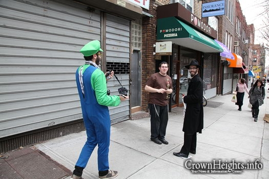 Photos: Purim in Crown Heights (1)