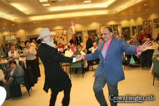 Crown Heights Families Bring Purim Joy to Seniors