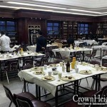 Students and Hanholo Share 'Last' Shabbos Together