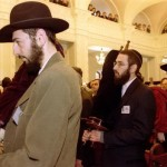 Court: 300 Seized Torahs Belong to Jewish Community