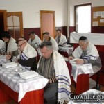 Shliach in Ukraine Begs Israeli Government for Help