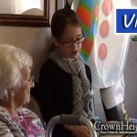 Jewish Kids Volunteer at Nursing Home so Staff Can Spend Holiday with Family