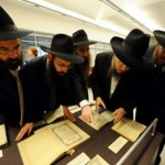 Russia Demands U.S. Return Previous Rebbe's Books