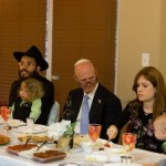 Florida Governor Joins Chabad at Sample Seder