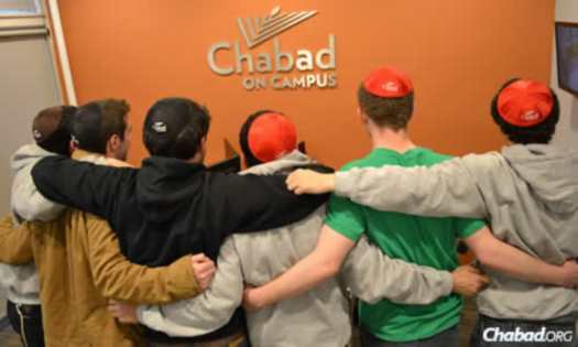 At the end of the journey, the fraternity brothers spent time at the Chabad on Campus International office in Brooklyn, N.Y.