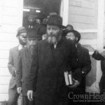 The Rebbe's Call for Summertime Tznius: The Dress of a Bas Melech