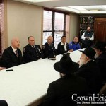 Police Meet with Merkos Officials to Discuss Security