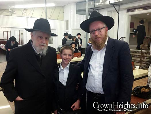 Photographed last night, likely one of the last photos of Rabb Binyomin Klein.