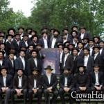 Morristown Semicha Program Poses for Group Photo