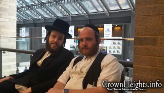 Chaim Elazar (L) and his brother Fishel (R)