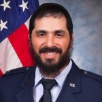Shliach Becomes First Bearded Officer in US Air Force