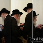 Vizhnitzer Rebbe Receives Unique Gift