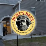 Maine Chabad House Dedicated to Burt's Bees Founder
