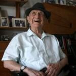 World's Oldest Man Now Frum Holocaust Survivor