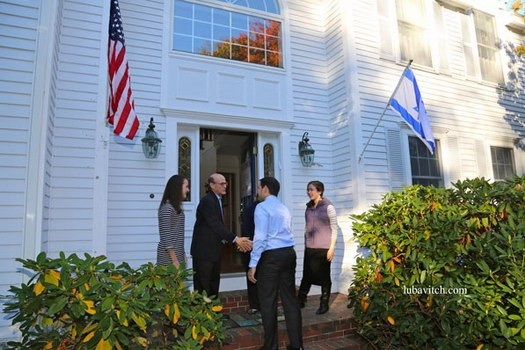 Senator Marco Rubio makes a visit to the home of Emily and Rob Rubin with daughters Rebecca and Meira.