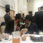 Picture of the Day: Animated Chasidic Discussion