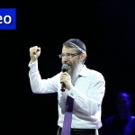 Video: Avraham Fried Brings Joy, Unity to Kharkov