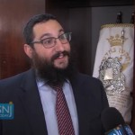 Brooklyn Couple Donates Torah to NJ Chabad House