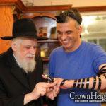 Weekly Living Torah Video: Glimpses of R' Binyomin Klein
