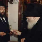Story: Learning Ahavas Yisroel from the Rebbe