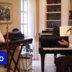 Singer, Musician Perform Niggun Yud Beis Tammuz