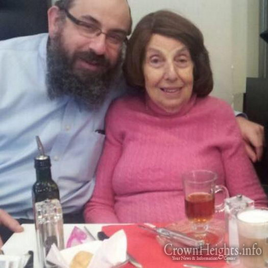 Rabbi Benny Zippel, head Shliach to the State of Utah, with his mother.