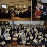 High School Girls Volunteer to Help Busy Moms