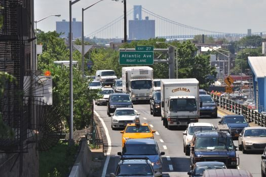 bqe_from_south_end_of_brooklyn_heights_promenade_01_9420592065