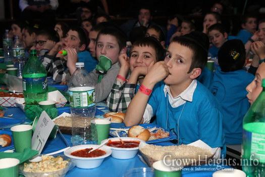 kids-banquet-16-1-86
