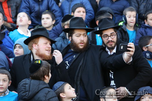 kinus-16-kids-group-40
