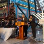 Illinois Governor Hosts Chanukah Celebration