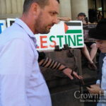 Man Who Put on Tefilin at Anti-Israel Protest Responds