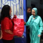 Chabad Gives Food to Muslim Families for Ramadan