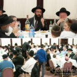 Chicago Anash Gather for Farbrengen