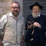 King of Morocco Visits Chabad Tefillin Stand