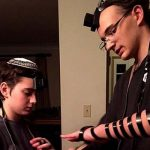 Study Says Wearing Tefillin Daily Has Health Benefits