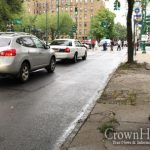 Child Struck By Car on Eastern Parkway, Taken to the Hospital by Hatzalah