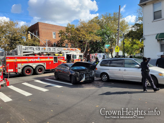One Arrested After Two Car Crash On Brooklyn Ave