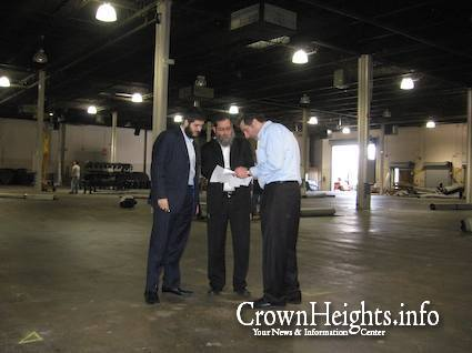 Preparing For The Banquet Chabad News Crown Heights News Lubavitch News